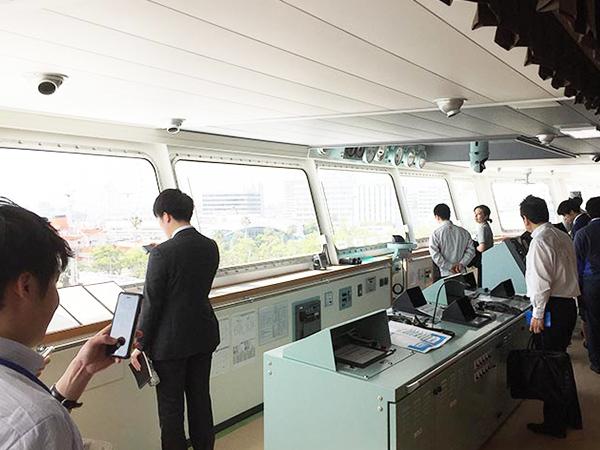 自動車運搬船「いずみ丸」の就航披露見学会に参加