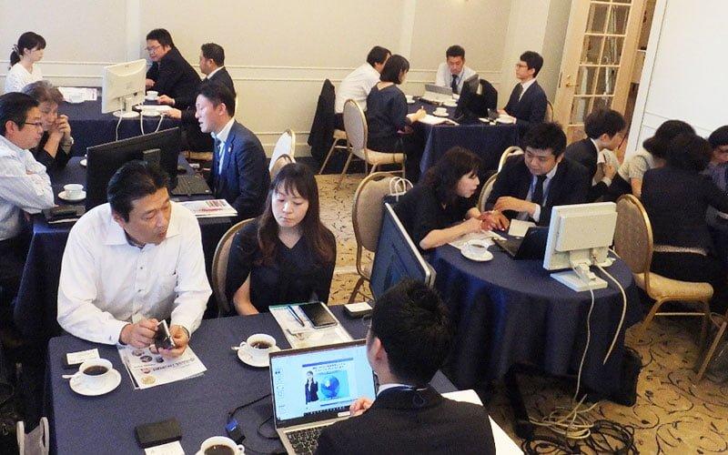 東京・新橋にてTOSSシリーズ商談会を開催。25社のお客様とTOSS導入に向けて熱い商談を展開いたしました。